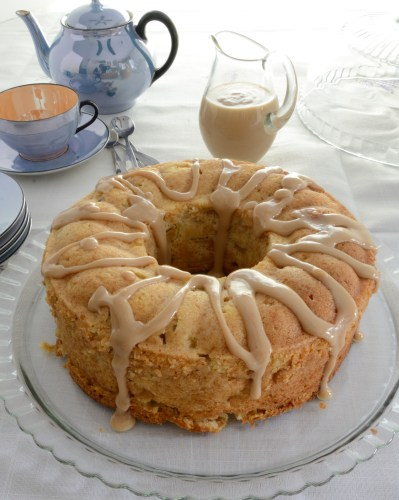 apple-irish-cream-cake