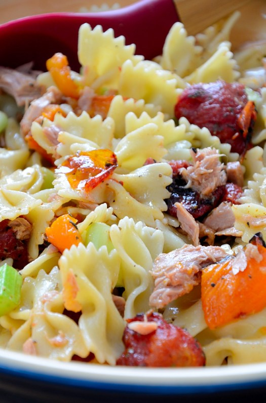 This Roasted Tomato Pasta Salad is another great way to pump up the flavour when fresh produce is not in season. It's the next best thing to garden-fresh tomatoes.