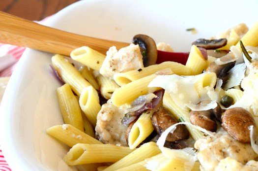 Penne with Chicken, Mushrooms and Capers