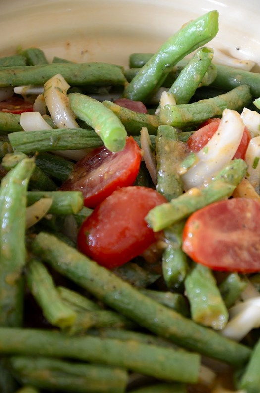 Green Bean and Tomato Salad with Roasted Tomato Dressing