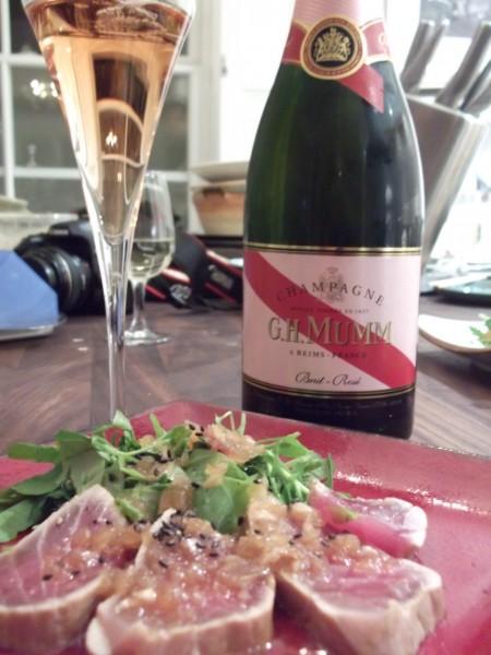 Mumm rose champagne and tuna tataki