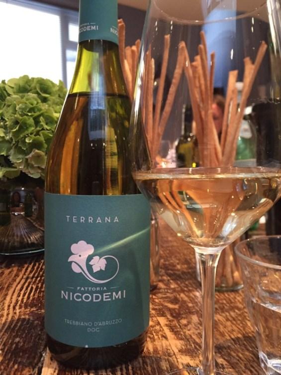 the 2015 Nicodemi, Italian wine, white wine