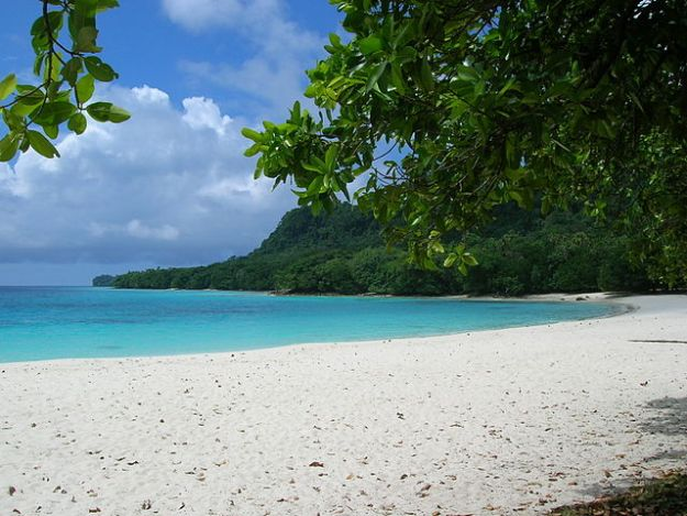 Exotic Beaches In the World: Champaigne Beach, Vanuatu