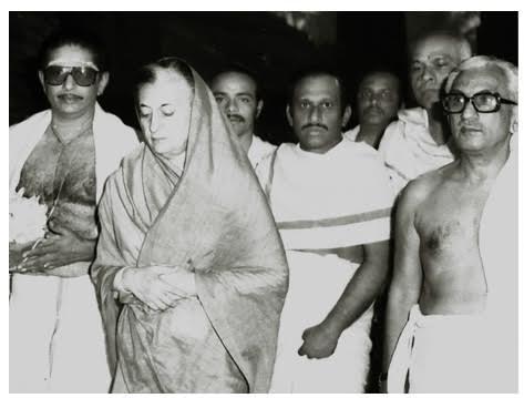 K. Karunakaran and Indira Gandhi. Source: Venugopal Unninathan
