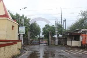 The CME gate at Bopkhel where the strike was called. Credit: Varsha Torgalkar