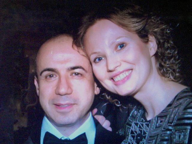 Yuri and his wife Julia Milner in 2011. Credit: Wikimedia Commons