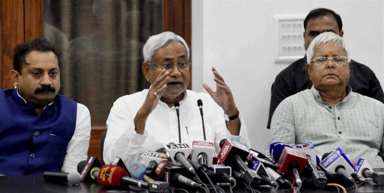 Bihar Chief Minister Nitish Kumar and RJD chief Lalu Prasad at a press conference after the Mahagathbandhan's (Grand Alliance) victory in the Bihar assembly elections at the RJD office in Patna on Sunday. Credit: PTI