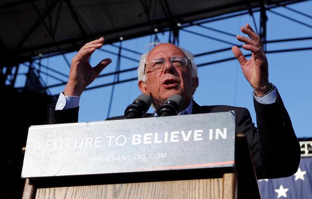 U S. Democratic presidential candidate Bernie Sanders speaks at a campaign rally in Irvine, California, U.S. May 22, 2016. Credit: Reuters/Alex Gallardo