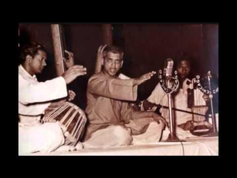D.V. Paluskar performing Raga Todi. Credit: Youtube
