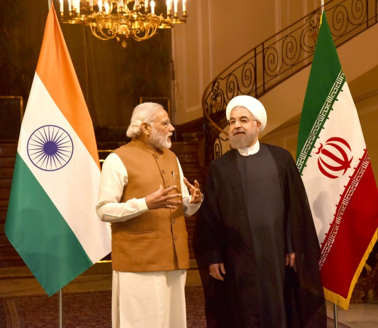 Prime Minister Narendra Modi and President Hassan Rouhani in Tehran, May 23, 2016. Credit: PMO