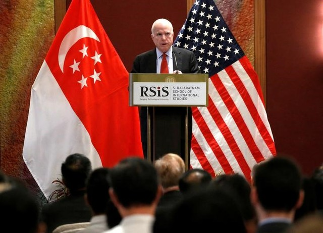 US Senator John McCain gives a public lecture on the sidelines of the IISS Shangri-La Dialogue in Singapore June 3, 2016. Credit: Reuters/Edgar Su