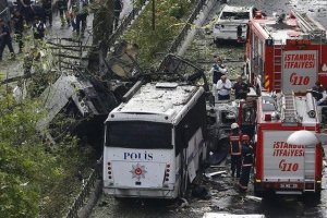 Fire engines stand beside a Turkish police bus which was targeted in a bomb attack in a central Istanbul district, Turkey, June 7, 2016. Credit: Reuters/Osman Orsal
