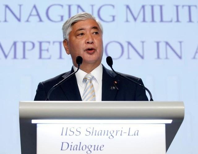 Japan's Minister of Defence Gen Nakatani speaks at the IISS Shangri-La Dialogue in Singapore June 4, 2016. Credit: Reuters/Edgar Su