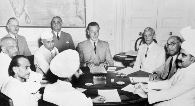 Viceroy of India Mountbatten meets Indian leaders to plan how to partition India into two nations. Credit: Flickr