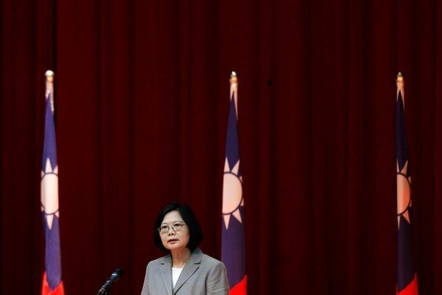Taiwanese President Tsai Ing-wen speaks to navy sailors after visiting the nation's first domestically built stealth-missile 600-ton Tuo Jiang twin-hull corvette at Suao Naval Base in Yilan, Taiwan June 4, 2016. Credit: Reuters/Tyrone Siu