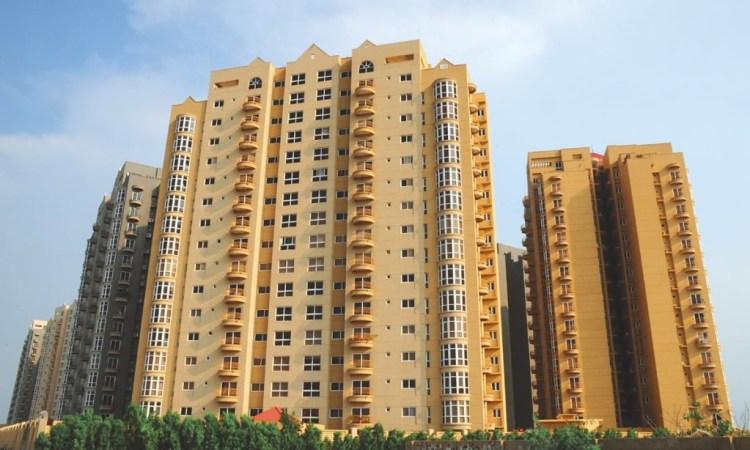 The high-rise Creek Vista apartments in Karachi. Credit: Stephan Andrew, White Star/Herald