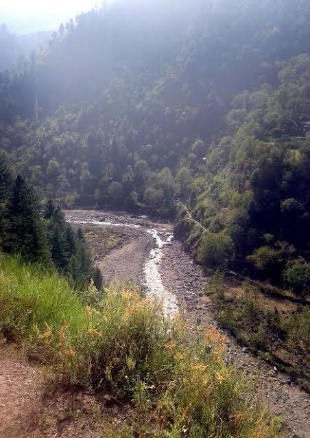 The Hajipir Nallah that flows from Pakistan side. Credit: Mudasir Ahmad
