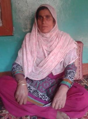 Rayees's mother. Courtesy: Mudasir Ahmad