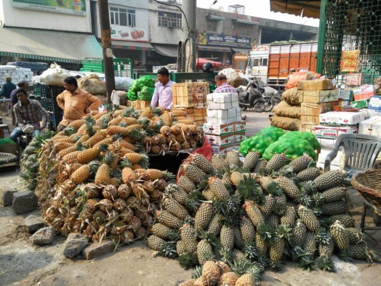 A pineapple a day does not keep demonetisation away. Credit: Ajoy Ashirwad Mahaprashasta