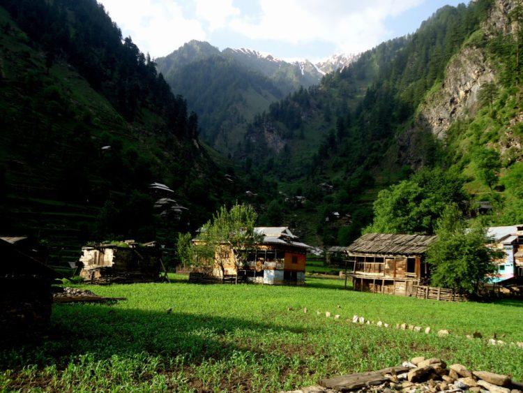 Neelum Valley. Credit: Muhammad Zeeshan/Flickr CC BY 2.0