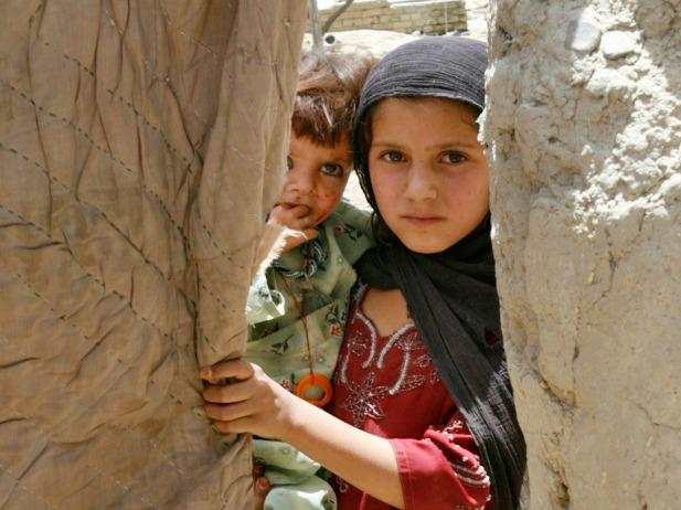 Afghan-refugee-camp_reuters