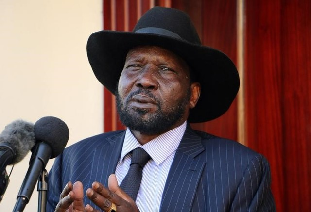 South Sudan President Salva Kiir addresses members of the media after taking a tour around the capital Juba, South Sudan, October 12, 2016. Picture taken October 12, 2016. Credit: Reuters