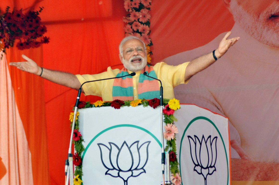 Prime Minister Narendra Modi addresses an election campaign rally in Maharajganj district on Wednesday. Credit: PTI