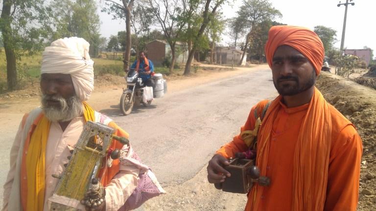 Two jogis walking down the street in Gorakhpur. Credit: Manoj Singh