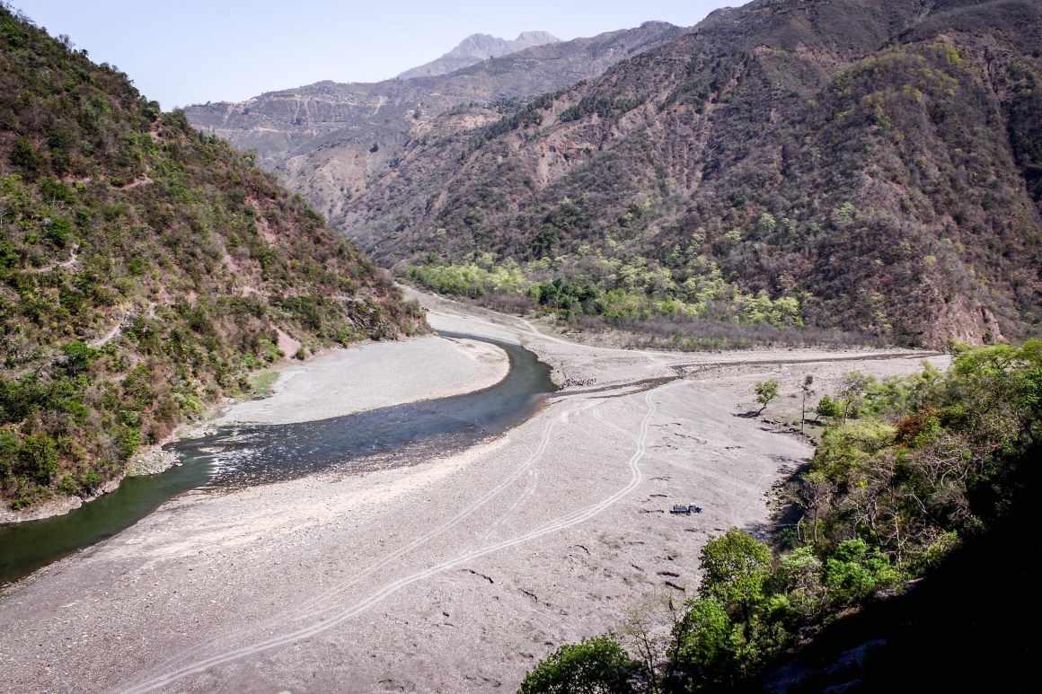 Giri river upstream of Dadahu town. Credit: Sumit Mahar
