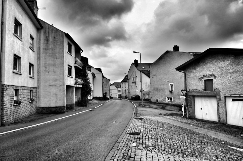 The clean, moderate-sized European village road in Schengen which moves to Germany and France on the other side of the Mosel river. Credit: Shome Basu/The Wire