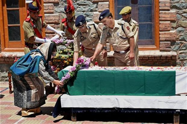 Kashmir cop lynching