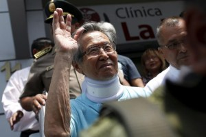 Peru's former president Alberto Fujimori leaves the clinic where he was transferred from his prison cell to undergo neurological tests after feeling dizzy and briefly losing the strength in his legs, his doctor said, in Lima, March 31, 2016. Credit: Reuters/Janine Costa/Files