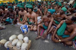 Tamil Nadu farmers during their protest at Jantar Mantar in New Delhi in April. Credit: PTI
