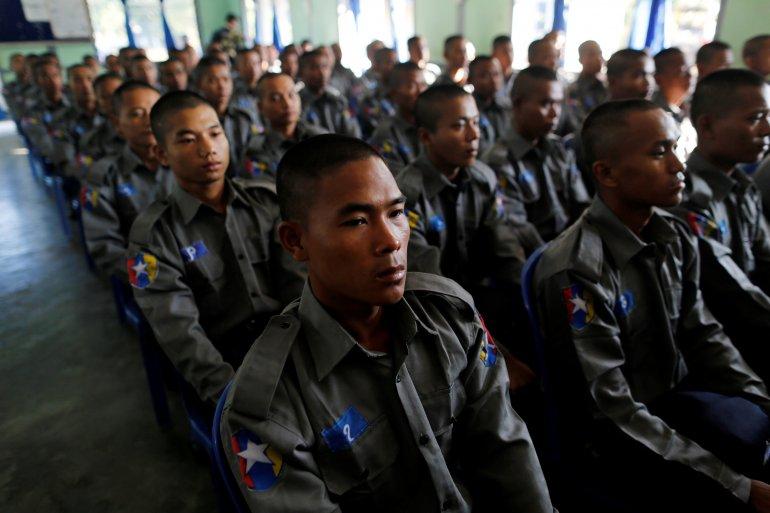Hundreds of Myanmar Troops Sent to Rakhine as Tension Rises