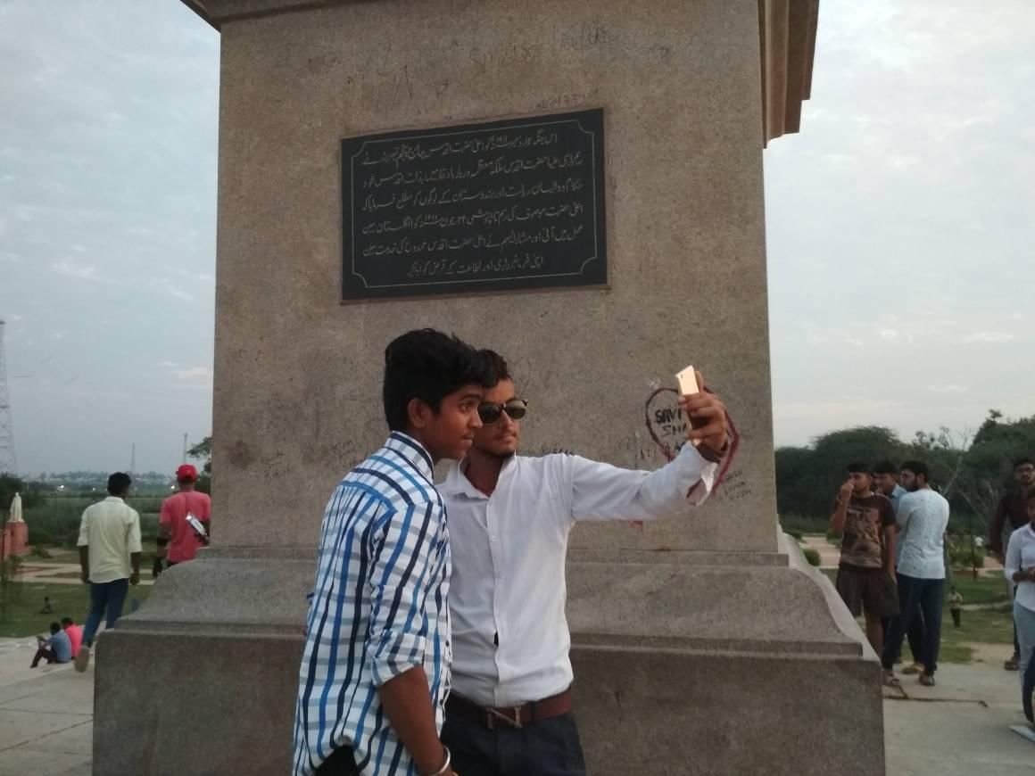 People taking selfies at Delhi's Coronation Park. Courtesy: Aparna Balachandran