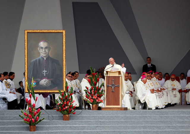 Pope Francis leads holy mass in Villavicencio, Colombia September 8, 2017. Credit: Reuters