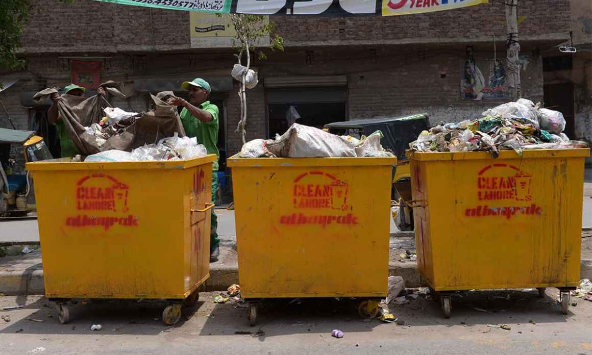 Turkish company Albayrak's dumpsters in Lahore   Murtaza Ali, White Star