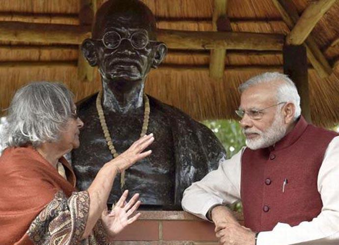 Prime Minister Narendra Modi with Gandhi's granddaughter, Ela Gandhi. Credit: PTI