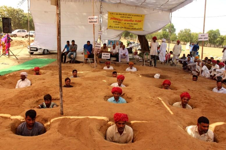 Residents of Nindar village protesting over land acquisition