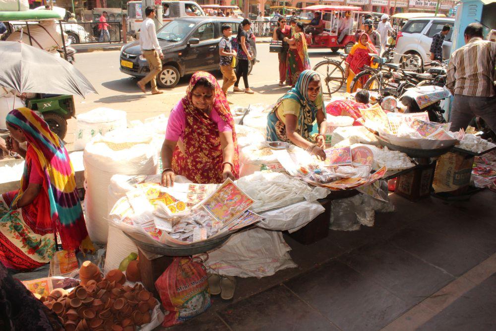 Shobha and Kaushala at their stall in Johari Bazar. Credit: Shruti Jain