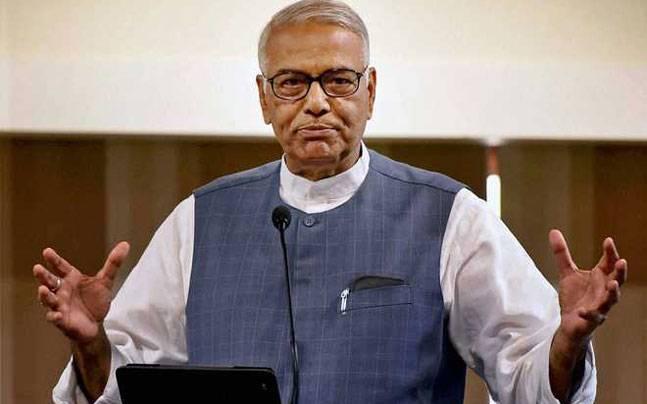 Congress can't win Gujarat polls using Pakistan as pawn