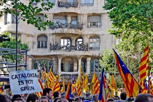 People demanding Catalan's Independence in Barcelona. Credit: SBA73/Flickr CC BY-SA 2.0