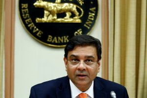The Reserve Bank of India (RBI) Governor Urjit Patel attends a news conference after the bi-monthly monetary policy review in Mumbai, December 6, 2017. Credit: Reuters/Shailesh Andrade