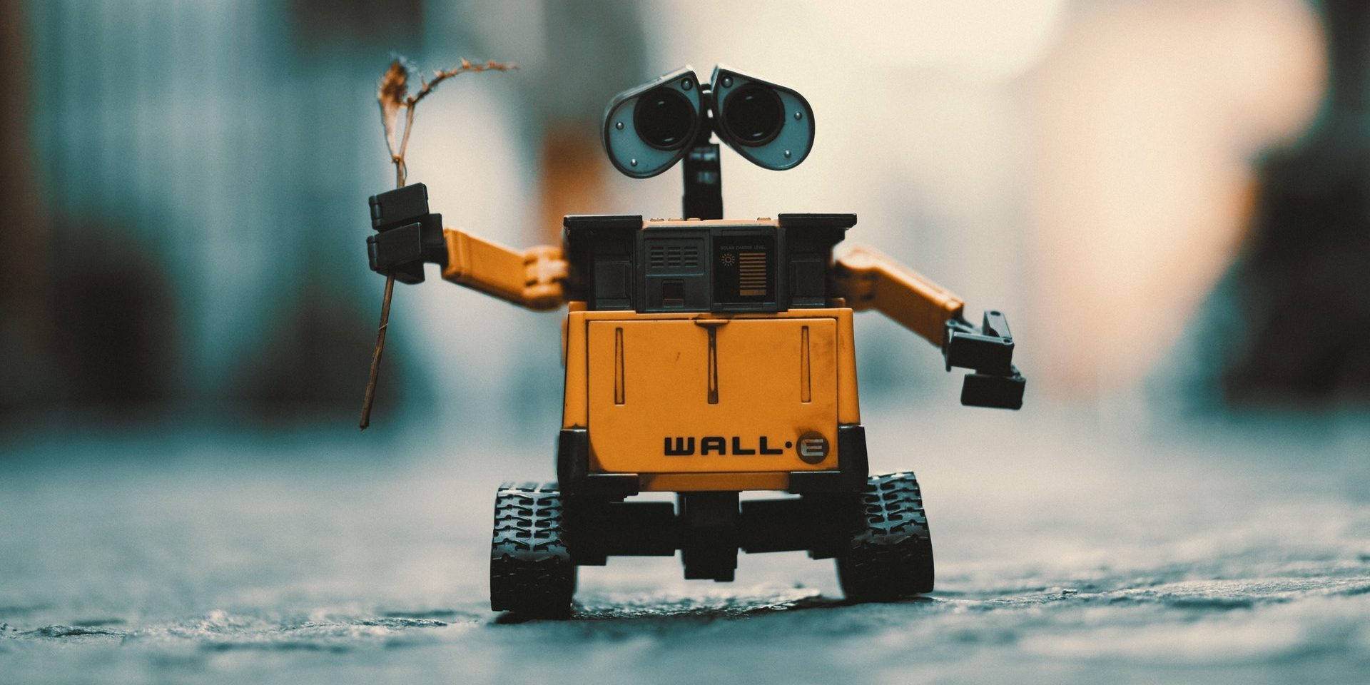 Wall-E robot - 15 STEM and STEAM Ideas for Homeschoolers