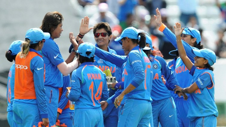 Derby: Teammates congratulate India's Jhulan Goswami, left without cap, for the dismissal of Pakistan's Javeria Wadood during the ICC Women's World Cup 2017 match between India and Pakistan at County Ground in Derby, England, Sunday, July 02, 2017. AP/PTI(AP7_2_2017_000177B)