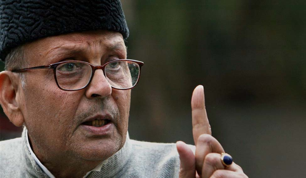 B-127,  DELHI-271118 -  NOVEMBER 27, 2008 -  New Delhi : A file photo of former Prime Minister V P Singh at a press conference in New Delhi in 2007.  Singh died after a prolonged illness in New Delhi on Thursday.  PTI Photo
