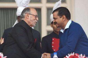 दिल्ली के उपराज्यपाल अनिल बैजल और मुख्यमंत्री अरविंद केजरीवाल (फोटो: पीटीआई)
