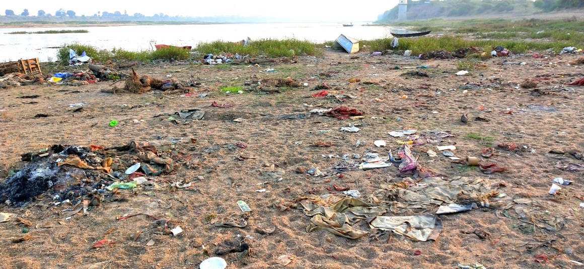 Narmada Ghat Trash Photo By Deepak Goswami
