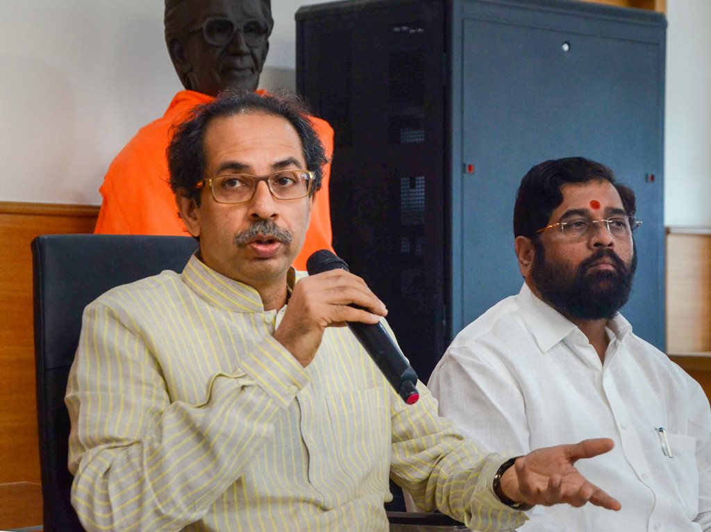 Mumbai: Shiv Sena Chief Uddhav Thackeray addresses a press conference at Shivsena Bhavan, in Mumbai, Tuesday, Dec. 4, 2018. (PTI Photo) (PTI12_4_2018_000180B)