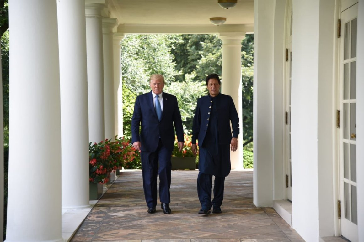 Donald Trump Imran Khan Photo Information Ministry Pakistan